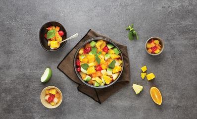 GRANDE SALADE DE FRUITS ET MENTHE