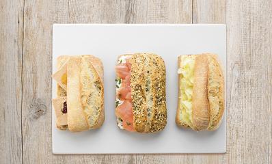 COFFRET MINI SANDWICHS SAUMON/FOIE GRAS/FROMAGE